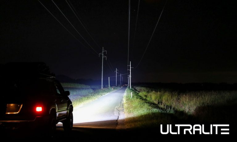 "Ultralite Series 9"" LED Driving Light HKULTRA215"